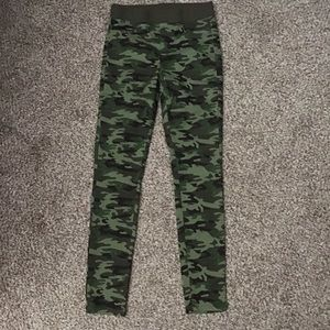 New Camo Pull-on Jeggings Size S (3/5)